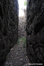 Photo: This is why Rajgad is unconquerable ... Every wall has double defense ... one person can easily move through narrow pass fom one end of fort to anothere...Hat's off to gr8 Architect