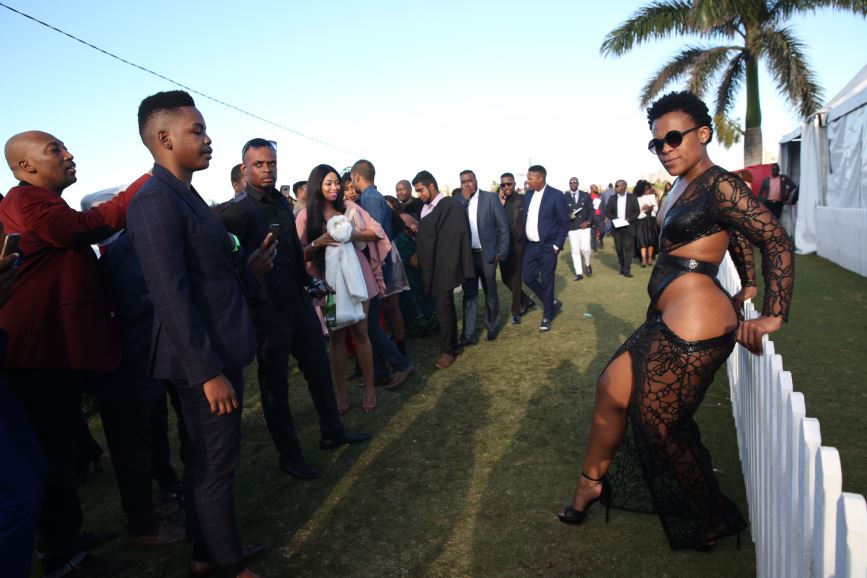 IN PICTURES  Zodwa Wabantu owns Durban July in black cut-out number