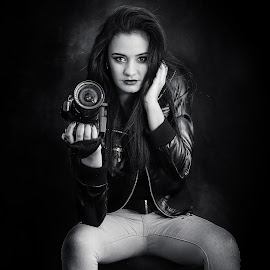 Canon by Pierre Vee - Black & White Portraits & People