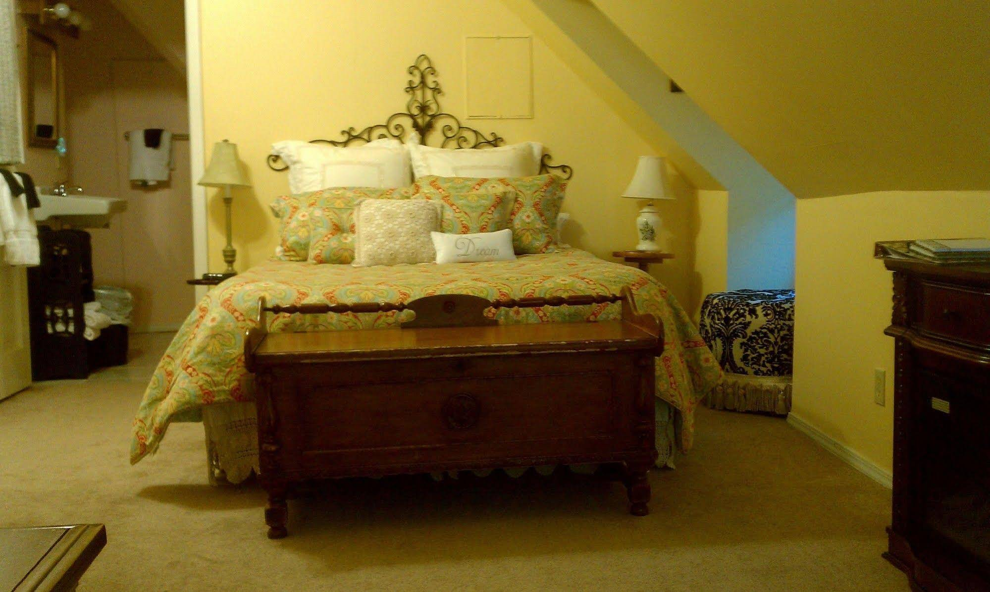 Forgetmenot Bed and Breakfast
