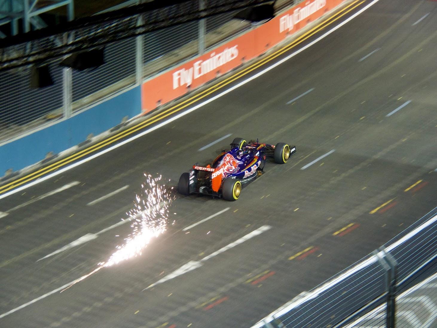 Singapore GP 2015 Practice 2