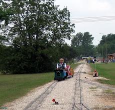 Photo: Ken Smith running clockwise against the passenger trains.      HALS 2009-0919