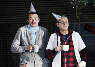 """Photo: WIEN/ Theater in der Josefstadt: """"Totes Gebirge"""" von Thomas Arzt. Inszenierung: Stephanie Mohr. Premiere am 21.1.2016. Roman Schmelzer,  Peter Scholz. Copyright: Barbara Zeininger"""