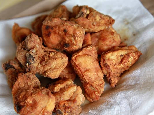 Chicarrones de Pollo (Puerto Rican Fried Chicken)