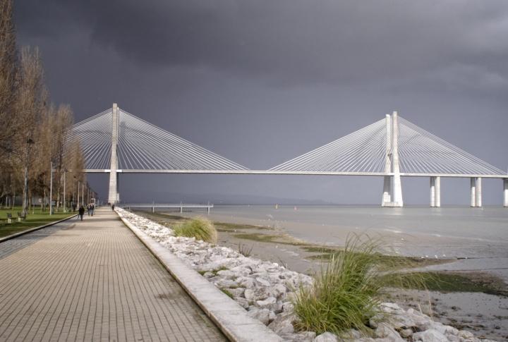 Vasco de Gama bridge di alessandrocastellani