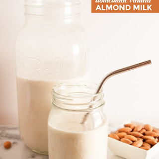 Homemade Vanilla Almond Milk