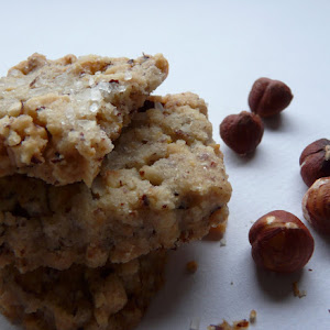 Irresistible Shortbread with Hazelnuts and Orange