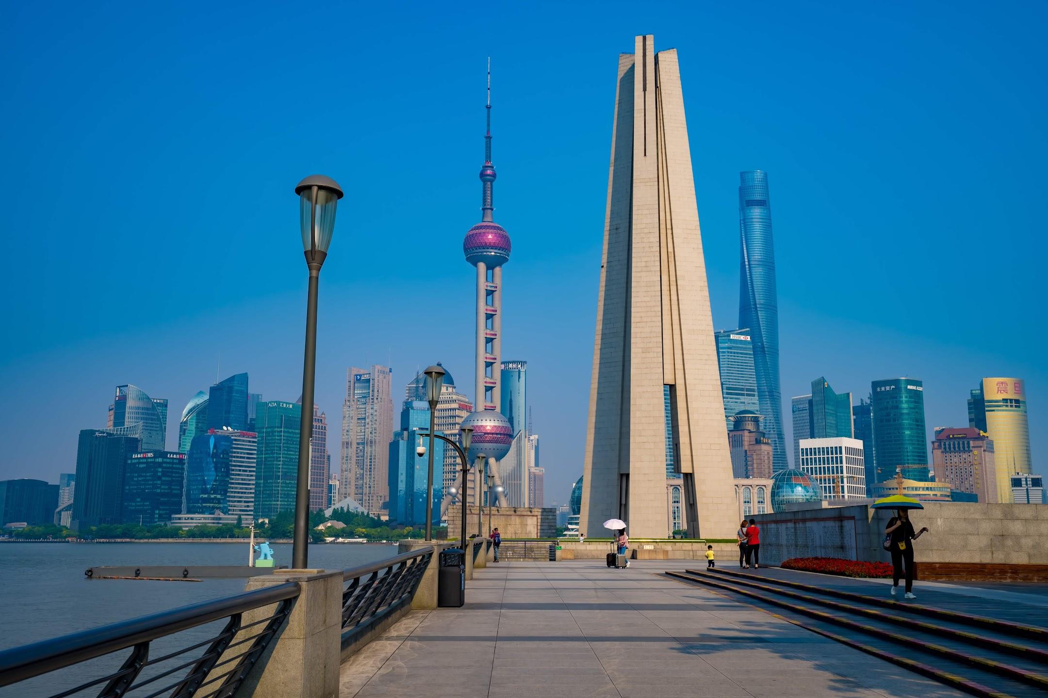 Shanghai Waitan (The Bund) People's Heroes Monument
