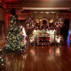by Jess Baldacci - Public Holidays Christmas ( , Christmas, card, Santa, Santa Claus, holiday, holidays, season, Advent )
