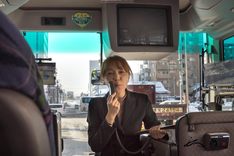 ベテラン添乗員の山田巳幸さん