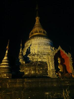 tempio notturno  di Ale Brigante