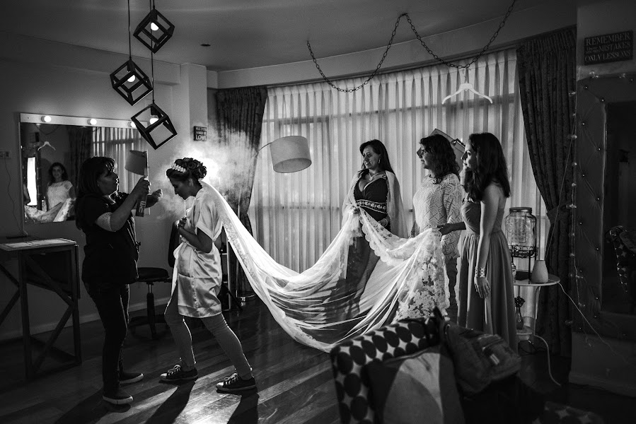Wedding photographer Valery Garnica (focusmilebodas2). Photo of 11.05.2019