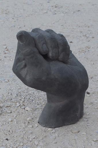 main-au-tresor-2