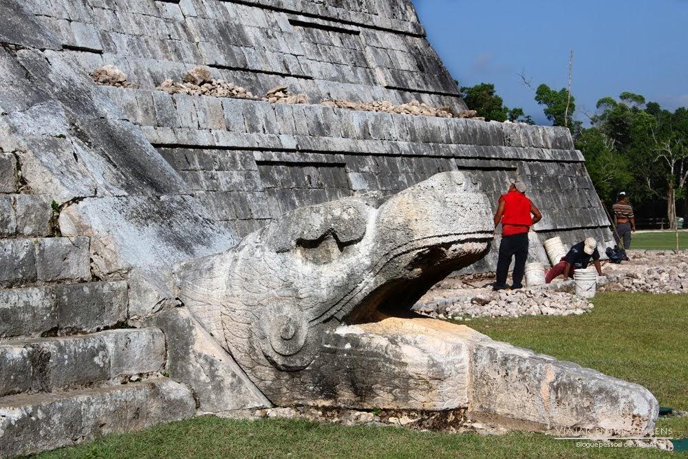 Profecia Maia 2012 - B'olon Yokte' K'uh - O mistério dos Maias e o tempo