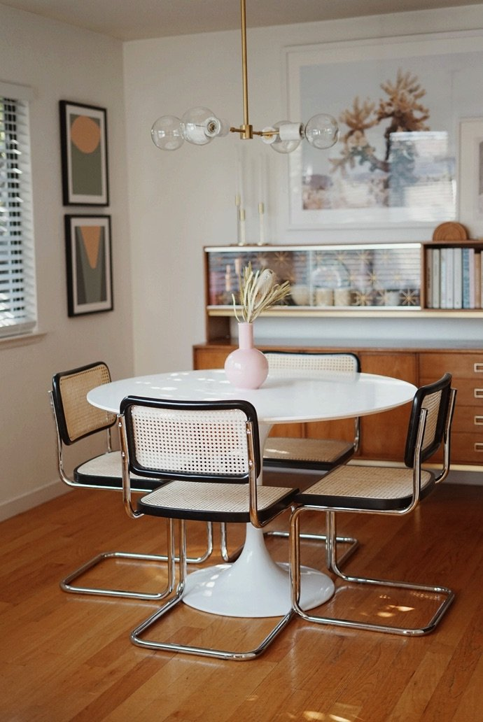 Dining tables designed for compact living | Vinterior