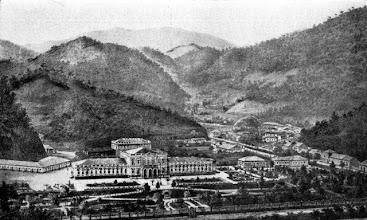 Photo: Palácio Imperial, com suas dependências e parte do centro da cidade. Desenho sem data