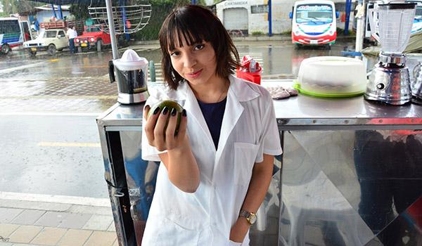 Porndoe – La latina Matilde Ramos captada en el mercado, follada y facializada