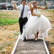Wedding photographer Maksim Antipov (34max). Photo of 16.09.2013