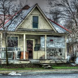 Abandoned in Spokane 012019 by Anthony Balzarini - Buildings & Architecture Decaying & Abandoned ( #architecture, #abandoned, #photography, #house, #wa, #decaying, #spokane )