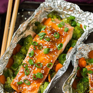 Honey Teriyaki Salmon and Veggies in Foil.