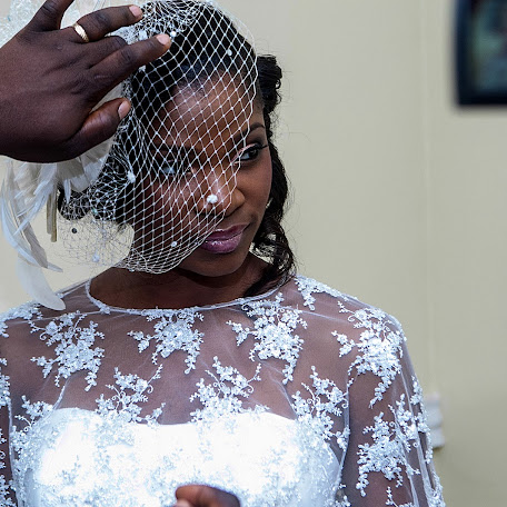 Wedding photographer Shola Olarewaju (eba121b985ddf7c). Photo of 19.05.2014