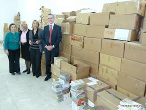 Photo: Helen Sharbain, libraire, Chantal Juge, attachée de coopération, Brigitte Guilhene et Frédéric Gautier, du Réseau Barnabé
