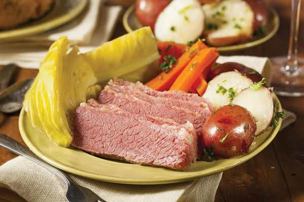 Homestyle Corned Beef With Dilled Cabbage Recipe