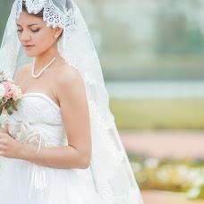 Wedding photographer Natalya Astakhova (AstiN). Photo of 03.05.2014