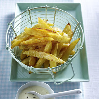 Spicy French Fries with Mustard Dip