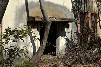 Photo: 横川の丸山変電所も裏手に回るとこんな廃墟だったのを思い出す