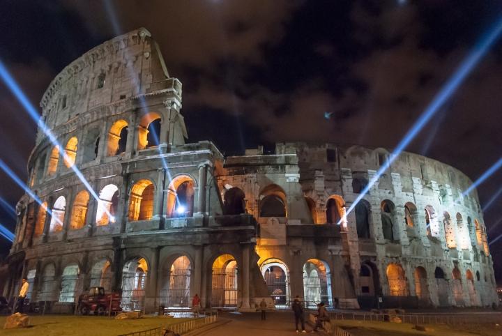Alieni al Colosseo di grazianic