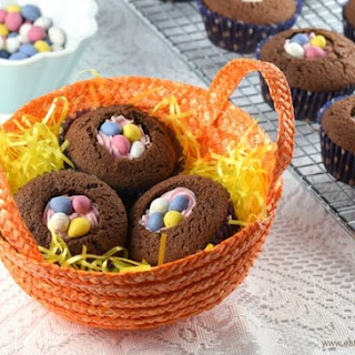 Easy Easter Nest Cupcakes.