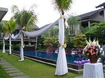 Summer Hills Hotel
