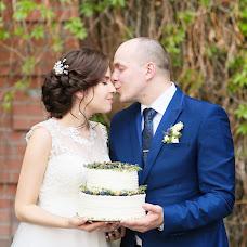 Wedding photographer Anna Stenina (annastenina86). Photo of 17.10.2017