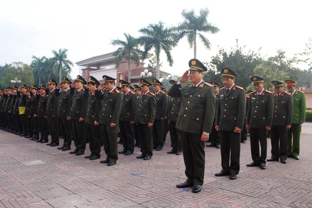 Lễ chào cờ và tưởng niệm 3 liệt sĩ hi sinh tại Đồng Tâm