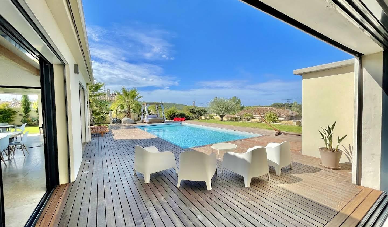 Villa avec jardin et terrasse Aix-en-Provence