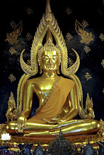 Photo: Phra Phutta Chinnarat – one of Thailand's most revered Buddha images, in Wat Phra Sri Rattana Mahathat