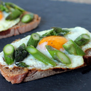 Egg and Asparagus Toast