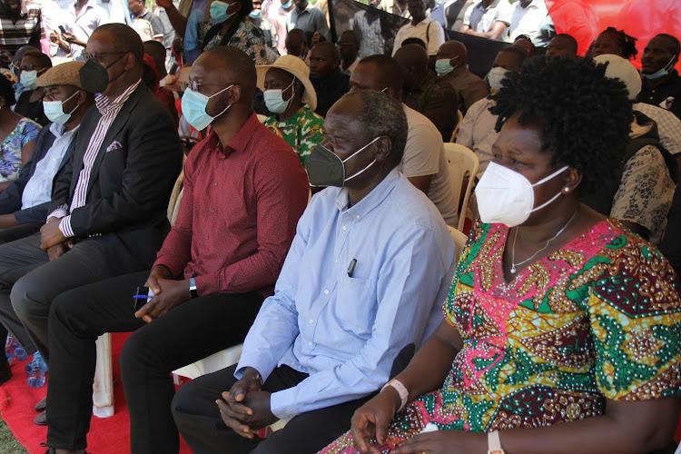 Former Nairobi Governor Evans Kidero, Senator Moses Kajwang, former Kasipul MP Oyugi Magwanga and Rangwe MP Lilian Gogo in Kagan ward , Rangwe on February 5,2021