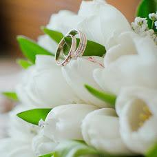 Wedding photographer Vika Burimova (solntsevnutri). Photo of 30.06.2014
