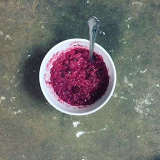 Blackberry Hazelnut Butter Oatmeal Recipe