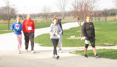 Photo: more runners coming in to sign up for the event today