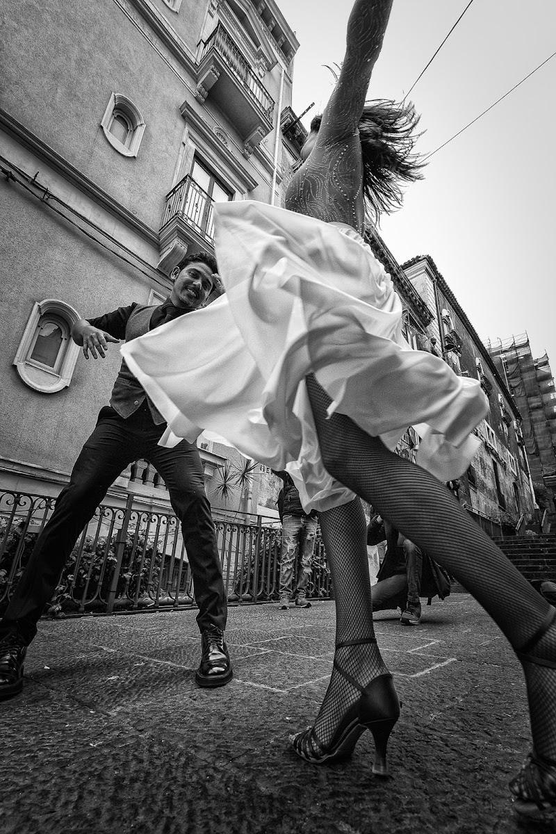 Street tango. di Giuseppe Cristofalo