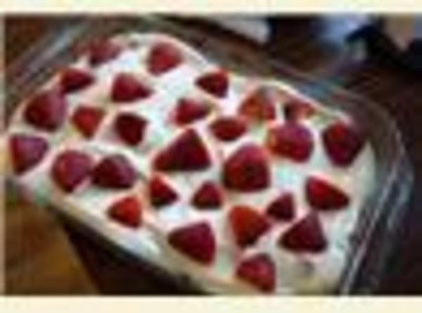 Strawberry Twinkie Cake Recipe
