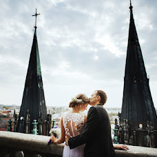 Wedding photographer Roman Zhuk (photozhuk). Photo of 12.10.2014