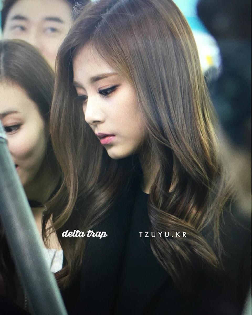 tzuyu profile 19