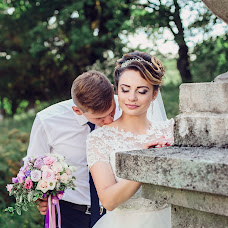 Wedding photographer Viktoriya Lokotosh (tori7). Photo of 10.09.2017