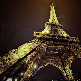 The beauty of Paris..  by Fariz Mohammad - City,  Street & Park  Historic Districts