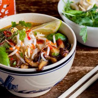 Shiitake Mushroom Pho [Vegan]
