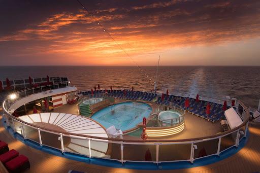 CCL_Horizon_aft_deck.jpg - The aft deck of Carnival Horizon at dusk.